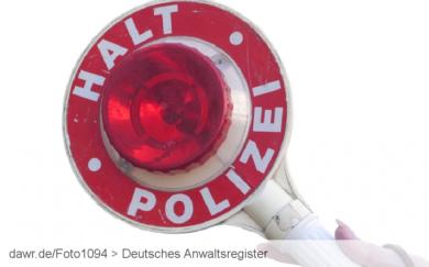 Verkehrskontrolle: Welche Rechte hat man bei einer Verkehrskontrolle durch die Polizei?